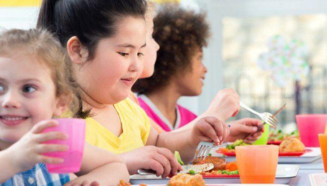 Dětská obezita a jak s ní bojovat - Rodiče zamyslete se!