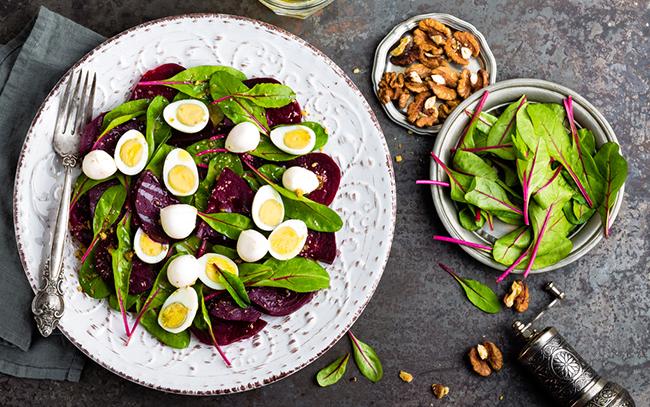 Oblíbené recepty na vajíčkový salát